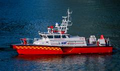 The Red Boats - 1 (KNL-17) Tags: singapore singaporecivildefenceforce scdf fireservices fireboat rapidresponsefirevessel rfv821 nikon d5 sigma150600mmf563coshsm ndp2017