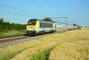 HLE 1358 + IC 2140, Beuzet, 18th June 2017 (cfl1969) Tags: beuzet d7100 nmbs sncb hle13 hle1358 alstom