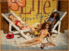 Summer season 2017 (Mary (Mária)) Tags: barbie stardolls mattel summer time season life beach sunglasess magazine scene diorama exterior sand deckchair crochet swimsuit photoshoot photography doll fashionistas palm suntancream mary