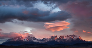 Lenticular sunrise - Torres del Paine, Chile - 08:36 am