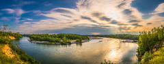 Ticino's horseshoe bend (Ettore Trevisiol) Tags: ettore trevisiol nikon d7200 nikkor 18 70 ticino river pavia italy landscape panorama goldenhour golden hour clouds cloud sunset lightbeam