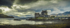 The Classic revisited (Stefan (back from Scotland, but need some time)) Tags: eileandonancastle eilean scotland hightlands braveheart highlander castle eileandonan travel uk dornie bridge water tide clouds cloudscape rainy dramatic moody mood atmosphere reflections sonya7ii sel1635z