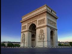 #topfrancephoto #topparisphoto #iloveparis #pixphotos_ #traversefrance #architecture #arcdetriomphe #nikon #nikonfr #nikond3300 #nikonartists #parismaville #paris #france#iledefrance (francklammens) Tags: uploaded:by=instagram arcdetriomphe arc paris