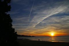 Good morning ! (alestaleiro) Tags: praiadoestaleiro amanhecer sunrise praia playa sol sun sole spiaggia strand sc santacatarina brasil brésil cielo clouds epicsky today nature seascape silouhettes fishermen alestaleiro thismorning
