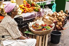 _MG_0271 (Diego A. Assis) Tags: documental fotojornalismo africa bahia baiadetodosossantos brasil candomble comercio diegoassis escravos feia feiradesaojoaquim feiralivre fotografiapordiegoassis fotografo maeafrica riodejaneiro salvador