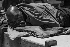 Dream of a better world (frank.gronau) Tags: frank gronau sony alpha 7 schwarz weis black white bw schlafen sleep sleeping homeless san francisco dreaming sad real iife