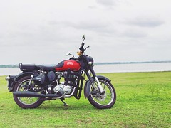 In love 😍 (Captured by Bachi) Tags: apple🍎 iphone nature light seasons weekends spring green lakeside lake longdrive love bikes moped new me pride royal royalenfield