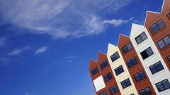 - Kanaalzichtlaan - (Jacqueline ter Haar) Tags: leeuwesteyn utrecht apartments appartementen leidsche rijn centrum oost kanaalzichtlaan vormgeving architectuur gevels ritmiek carré diagonal cloud