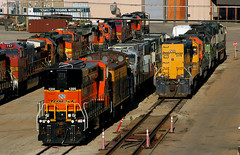 Topeka Shops' Storage (Jeff Carlson_82) Tags: bnsf topeka shops burlingtonnorthernsantafe 1205 hydrogen fuelcell greenpower renewableenergy snowplow atsf 199361 tfm emd sd70mac 1623 2779 gp392 2811 757 5623 783 199 gp60 train railroad railfan railway