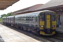 GWR 153318 at Yatton (neiljennings51) Tags: gwr great western railway train dmu railcar class 153 yatton station somerset