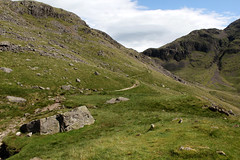 Monks trod path (Cumberland Patriot) Tags: wasdale head spouthead gill lingmell beck stream water valley vale cumbria cumbrian view walk monks trod foot path footpath great gable yewbarrow fell mountain hill peak scree rock rocks rocky english lake district national park green verdant landscape