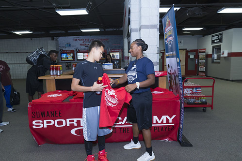"""170610_USMC_Basketball_Clinic.046 • <a style=""""font-size:0.8em;"""" href=""""http://www.flickr.com/photos/152979166@N07/34445002524/"""" target=""""_blank"""">View on Flickr</a>"""