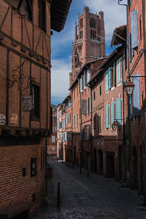 Medieval alley, Albi