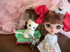 Lack of time.... (simplychictiques) Tags: blythe ooakcustomblythedoll fbl factorycustombyvale lilleprincesscustom doll toy hobby collection heartbeautymark childlike pigtails hujoobjdkitty blythewithbangs vintage crinoline redvelvet