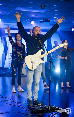 Worship Night with Vitaliy Yefremochkin-14