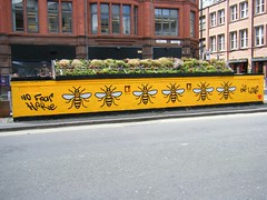 Manchester - bee logos - NO FEAR 🌸🌼🌺TRIBUTE (rossendale2016) Tags: iconic clever art street quarter northern against cowards tribute brave fear no logos bee manchester stevenson square