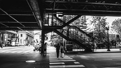 Fuji Finepix Z90 street photos 3rd week May 2017 B-W pic34 (Artemortifica) Tags: blueline cta chicago finepixz90 fujifilm fujinon lakest may michiganave state blackandwhite bridges buildings buses candid commuters downtown performance redline street trains