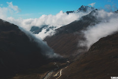 """""""I'm just moving clouds today, tomorrow I'll try mountains."""" - Huayna Potosi - Bolívia (TLMELO) Tags: andes bolívia cordillerareal cordilheirareal southamerica américadosul altiplano climb climber mount trekking sky céu clouds caminhada heavy hiking climbing hike backpack backpacking keepwalking justdoit impossibleisnothing walking walk ice glacier glaciar gelo snow neve summit cume landscape nature natureza paisagem trilha mountain montanha mountaineer mule mula huaynapotosi sunrise bolivia lhama cemetery cemitério"""