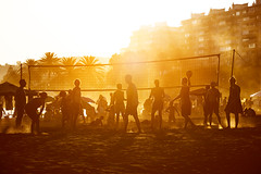 (Redblueen) Tags: volleyball beach dusk sun sand orange young people malaga playing outdoor summer game 1585 net ball