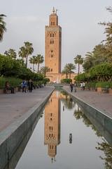 2017/04/17 19h05 Koutoubia (Marrakech) (Valéry Hugotte) Tags: 24105 koutoubia maroc marrakech bassin canon5d canon5dmarkiv minaret reflection reflet marrakechtensiftalhaouz ma