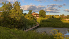 in the shadow of church life (Sergey S Ponomarev) Tags: sergeyponomarev canon eos 70d ef24105f40l landscape paysage paesaggio summer estate viatka vyatka wjatka velikaya velikoretskoe hdr highdynamicrange june giugno 2017 flowers lake pond bridge path grass clouds house building wires sunset bush fences сергейпономарев деревня country village пейзаж лето июнь великоретское ограды заборы вечер закат вятка мостик дорожка россия правослвие церковь идиллия orthodox church cathedral christian христианство russia russie russland