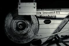 190 p. min. (Bernd Kretzer) Tags: dreschmaschine threshing machine freilandmuseum bad windsheim franken franconia schwarzweiss blackwhite nikon afs dx zoomnikkor 1855mm 13556g