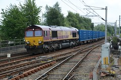 "English Welsh & Scottish Railways Liveried Class 66/0, 66142 (37190 ""Dalzell"") Tags: ews englishwelshscottishrailways revised maroongold db dbcargorail gm generalmotors shed class66 class660 66142 northwestern wallgate wigan"