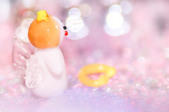 This angel lost his halo... (Tomo M) Tags: broken macromondays glasswork glass halo angelring bokeh macro