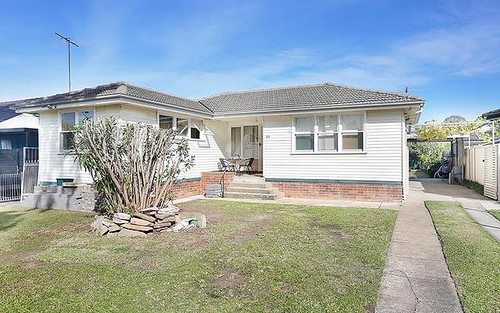 24 Strickland Cres, Ashcroft NSW