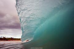 IMG_9336 copy (Aaron Lynton) Tags: flash lyntonproductions 7d spl bigbeach shorebreak surf wave