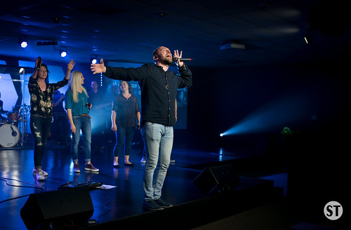 Worship Night with Vitaliy Yefremochkin-9