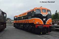 073 at Inchicore, 7/7/17 (hurricanemk1c) Tags: railways railway train trains irish rail irishrail iarnród éireann iarnródéireann dublin inchicore 2017 retrotrain irishrail30 iarnródéireann302general motorsgmemd071073irish tippex 1987