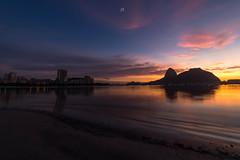 Sunrise @Botafogo Beach,Rio de Janeiro,Brazil (José Eduardo Nucci Photography) Tags: botafogobeach botafogo flamengo riodejaneiro sunrise wonderfulcity morning colors landscape photography longexposure shot brazil br rj joséeduardonucci nikon d800 1424mm atmosphere peace love happy paradise pink bluehour lights