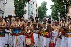 IMG_4813 (Balaji Photography - 3,800,000 Views and Growing) Tags: chennai triplicane lord carfestival utsavan temple colours hindu india emotion worship go community