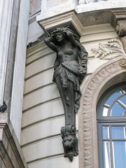 IMG_9800 (jaglazier) Tags: 1909 1909ad 2017 20thcentury 20thcenturyad 6417 adults arches architecture brazil buildings copyright2017jamesaglazier facades franciscodeoliveirapassos grecoroman june karyatids legends metalsculpture myths religion riodejaneiro rituals theaters theatromunicipal urbanism windows women art bronze bronzesculpture castbronze cities crafts metalworking sculpture stonebuildings
