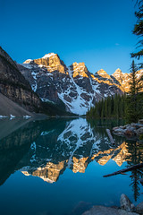 DSC06806 (www.mikereidphotography.com) Tags: banff lakelouise lakemoraine peytolake canmore fairmont sunrise sunset landscape lake canada reflection train town mountains peaks alpenglow