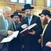 Semjén Zsolt miniszterelnök-helyettes, a KDNP elnöke, Oberlander Baruch, a Budapesti Ortodox Rabbinátus és a Chabad Lubavics mozgalom vezetője (b2), David Lau, Izrael askenázi főrabbija (j2) és Köves Slomó, az EMIH vezető főrabbija