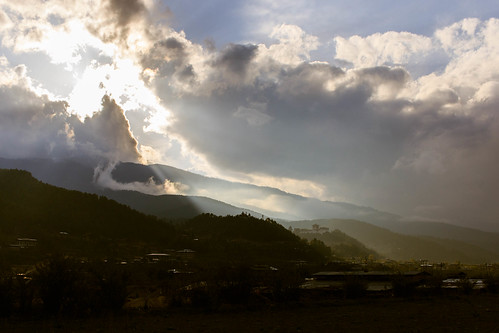Sunset over Trongsa