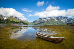 Stranded (Richard Larssen) Tags: richard richardlarssen reflection norway norge norwegen nature nordlandsbåt nordland lofoten trolltindan tide sea water mountains emount sony scandinavia sel1635z a7ii boat tear larssen landscape clouds