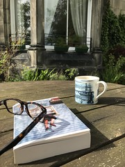 Photo of There's no place like home. #Dunfermline #Fife #Scotland #garden #reading