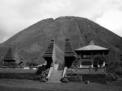 Mount Batok and temple (Vincent Christiaan Alblas) Tags: mountbatok indonesia java