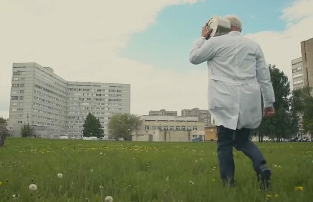 Сняли собственный вариант клипа «Между нами тает лед» медсотрудники изТольятти