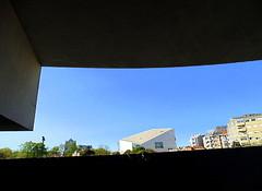 Porto - Metro - Souto de Moura meets Rem Koolhaas (CarlosCoutinho) Tags: eduardosoutodemoura pritzkerprize carloscoutinho porto oporto portugal subwaystation casadamúsica archdaily architecture architectur architettura arquitectura arquitetura