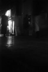 係止線 (locking line) (Dinasty_Oomae) Tags: kodak retina retinette コダック レチナ レチネッテ 白黒写真 白黒 monochrome blackandwhite blackwhite bw outdoor 東京都 東京 tokyo chiyodaku 千代田区 yurakucho 有楽町
