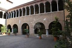 Bologna_Santo Stefano51