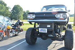 Classic Cars Corvair Club Hoyt's Restaurant Lexington, NC Motorcycle Harley Davidson heritage softail 20170710_4251 (Shane's Flying Disc Show) Tags: classiccars corvairclub davidson nc lexinton unsafeatanyspeed daredevils