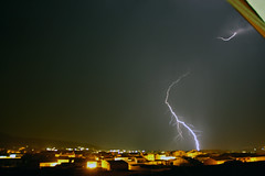 EE (berserker170) Tags: rayo ray relampago lightning tormenta strorm eos extremadura 550d noche night flickrexploreme