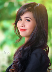 Portrait (Sài gòn-01665 374 974) Tags: snor sony photography photographer flickr digital new featured light art life colorful colour colours photoshop blend asia camera sweet lens artist amazing bokeh dof depthoffield blur portrait beauty pretty people woman girl lady person smile hair longhair lovely evening flare haze 135mm carlzeiss