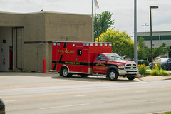 East Peoria Paramedic 1 (BSTPWRAIL) Tags: east peoria fire department epfd one apparatus emergency vehicle illinois paramedic ambulance dodge