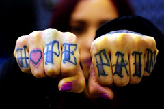 Hope & Pain (Realidad Fragmentada) Tags: colorphotography tatto tatuaje hope pain color nudillos knuckles hardcore